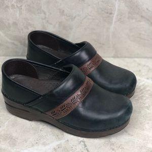 Dansko black brown nursing clogs, 37